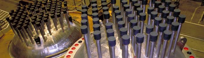 Têtes de cuve de réacteur cc-CNRC