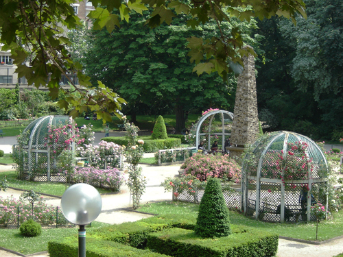 Le square Le Gall fleuri