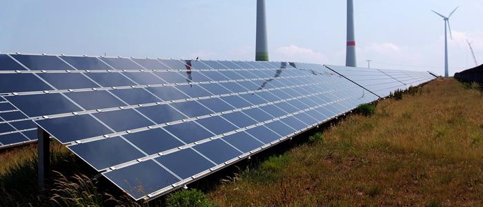 Solaire et éoliennes à Schneebergerhof
